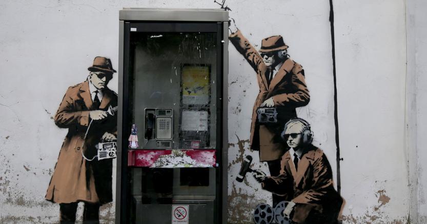Il murales di Banksy non c'è più e sul web è bufera