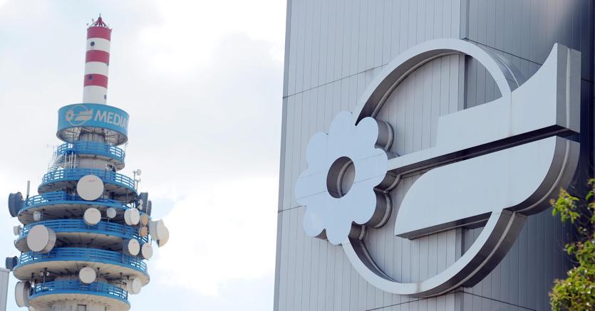 Mediaset e Vivendi deboli in Borsa dopo le accuse reciproche