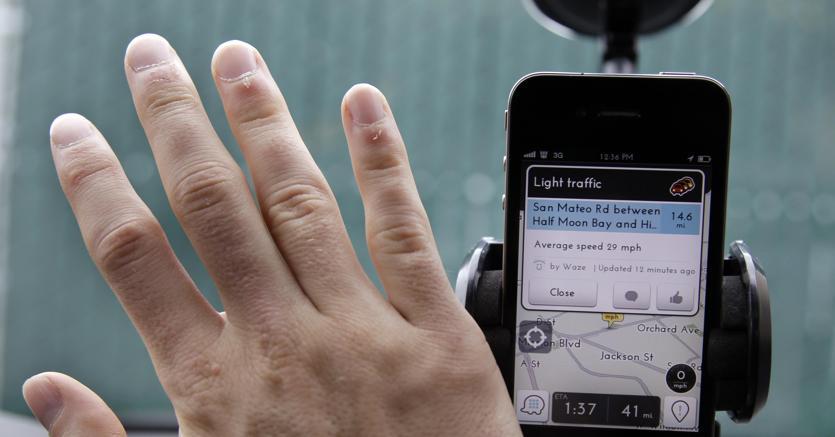 Waze sfida Uber, in arrivo il ride sharing di Google