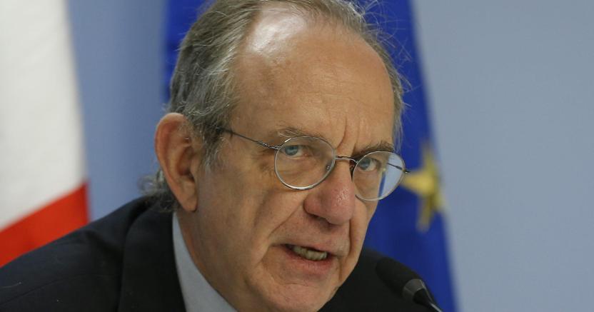 Fisco, Padoan: allo studio nuova voluntary, recuperare 4 miliardi