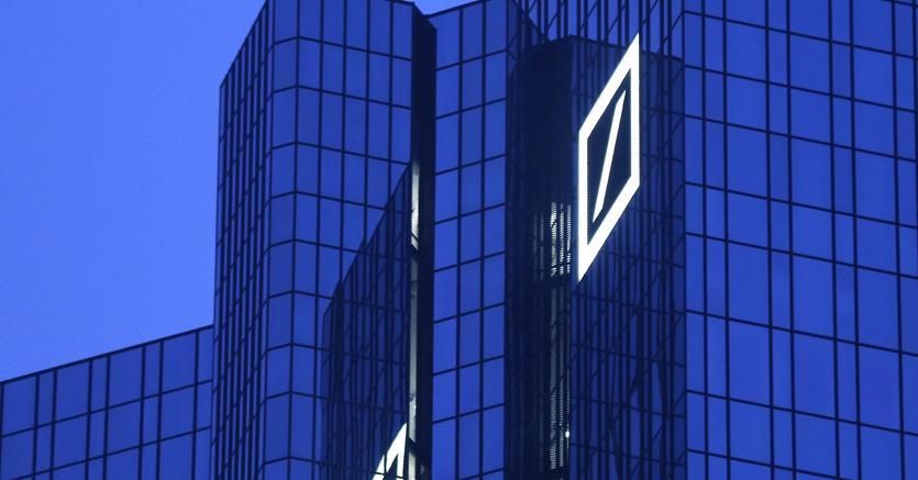 Venerdì nero per Mps e banche che travolgono la Borsa