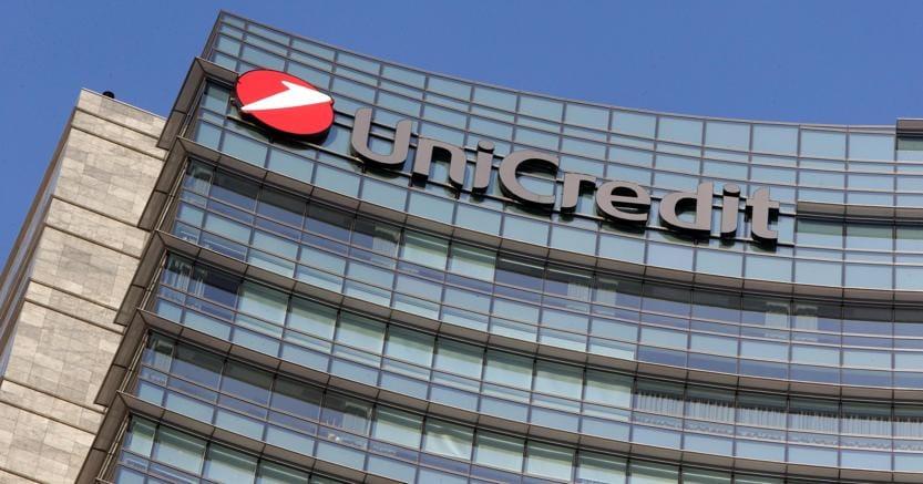 Unicredit: arrivate offerte preliminari per Pioneer, Mustier vuole almeno 3 miliardi
