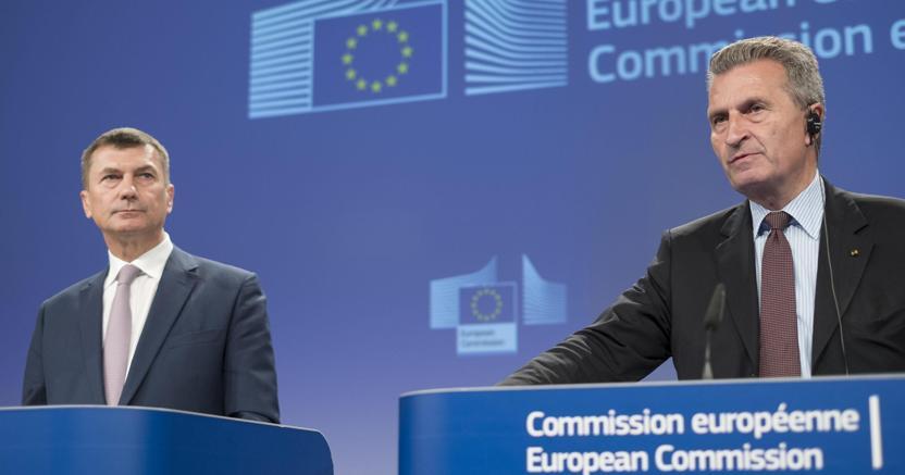 Bruxelles cambia sul roaming senza limiti di tempo ma for Abolizione roaming in europa