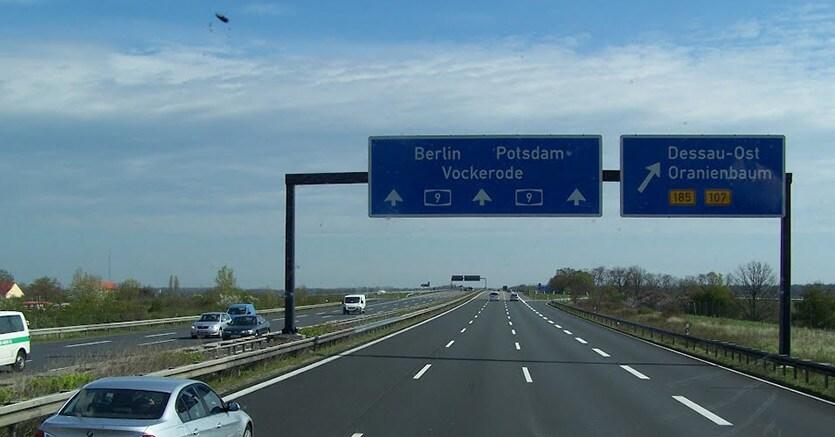 Mobile De Auto Germania. piata auto germania chestionare
