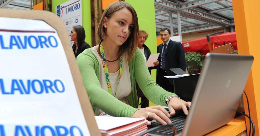Istat, disoccupazione agosto ferma 11,4%