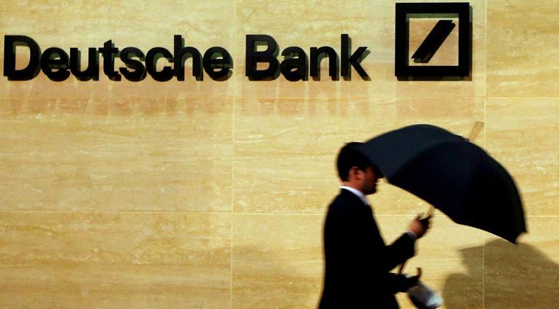 Wall Street in lieve calo. Deutsche Bank in flessione del 2,5%