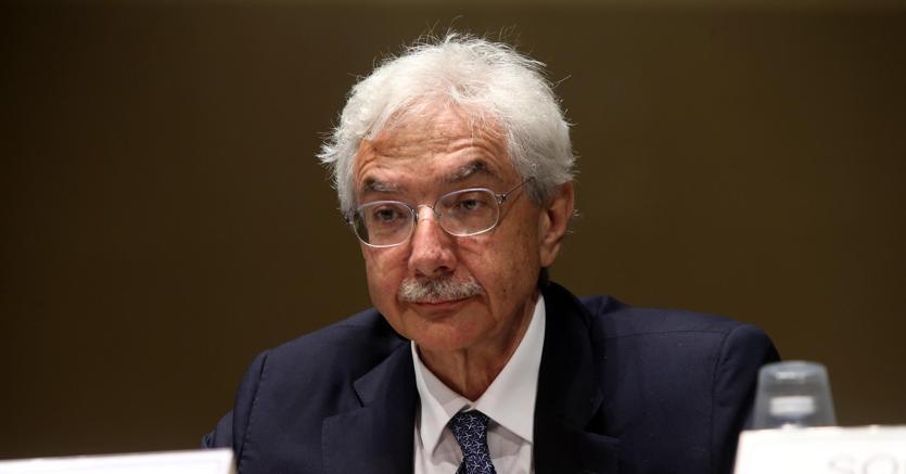 Banche: Rossi, avanti razionalizzazione, inevitabili interventi su personale