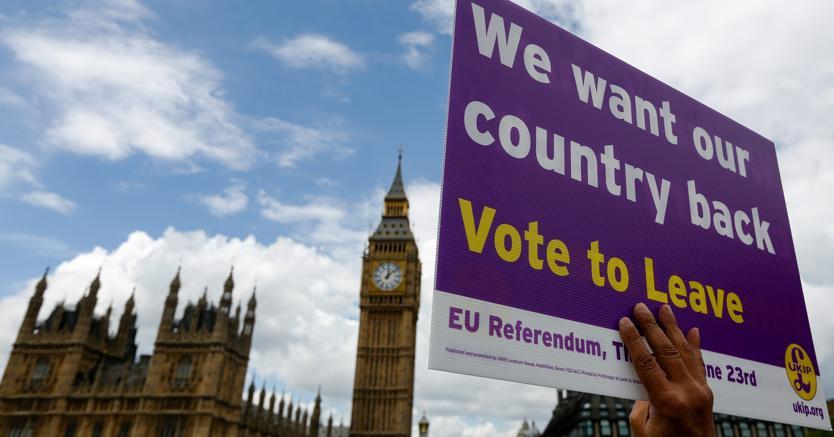 Cartello per la campagna del Leave (Bloomberg)