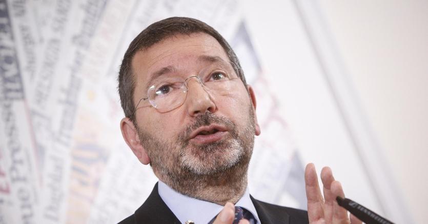 Roma : caso scontrini, assolto ex sindaco Marino
