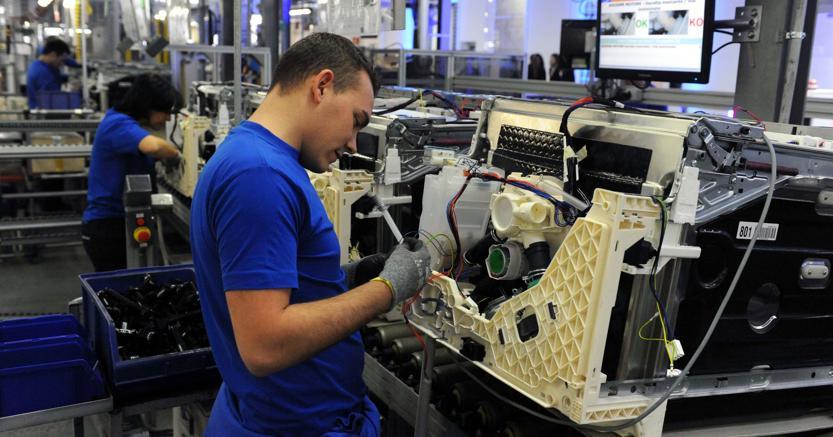 Istat: balzo della produzione industriale ad agosto, top da 5 anni
