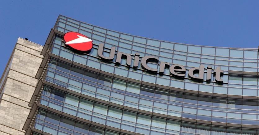 Unicredit vende sul mercato il 20% di Fineco per 552 milioni