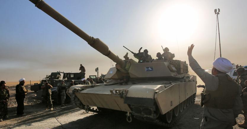 Forze irachene ad al-Shourah,  45 km a sud di Mosul (Afp)