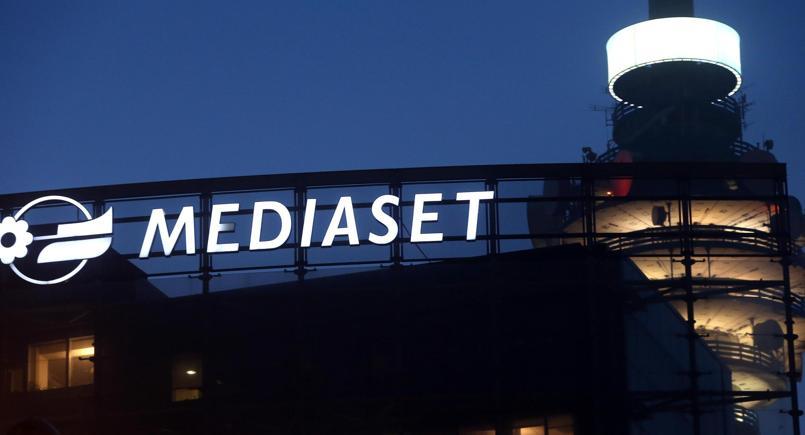 Mediaset, crollo in borsa dopo forfait di Vivendi