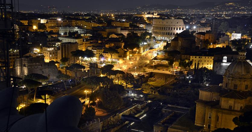 Terremoto avvertito anche a Roma, crepe in alcuni palazzi