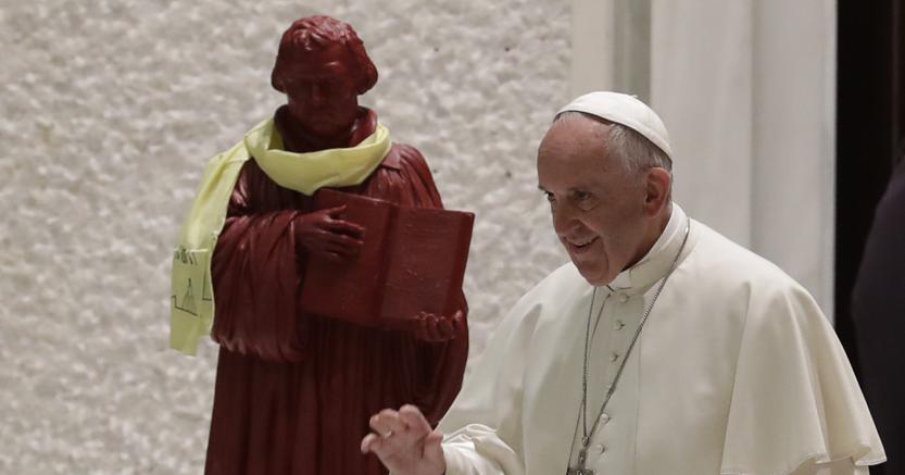 Papa: viaggio importante per ecumenismo