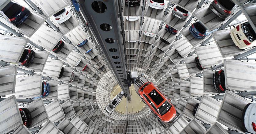 Auto, rallenta la corsa delle vendite. FCA rimane leader