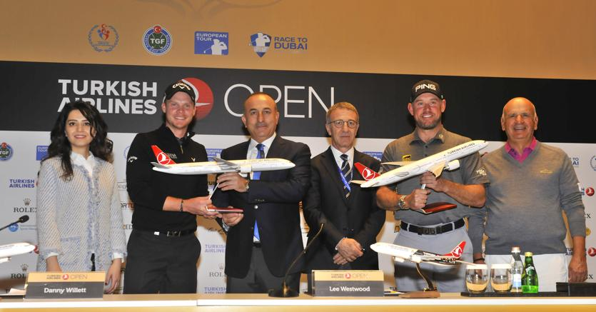InTurchia anche  Lee Westwood (2° da dx) - presente nelle ultime 10 volte  Ryder Cup -    52° nell'Open