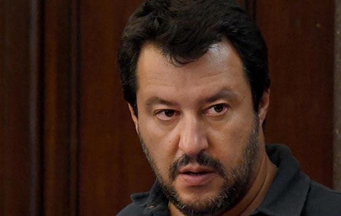 Salvini invita D'Alema e Grillo in piazza