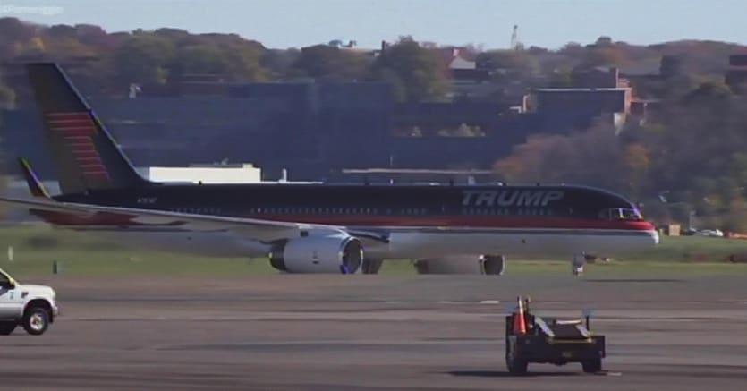 Aereo Privato Trump : L «esotico e grosso boeing che fa volare trump il sole