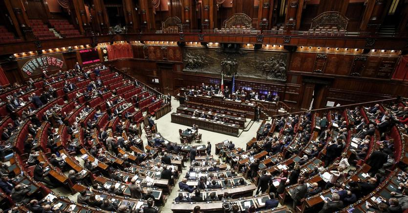 Dopo il voto finale della camera alla manovra una for Commissione bilancio camera dei deputati