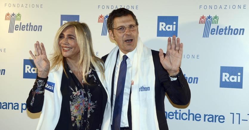 I conduttori Mara Venier e Fabrizio Frizzi