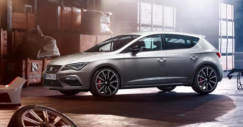 Seat Leon Cupra Facelift, con una potenza di 300 CV