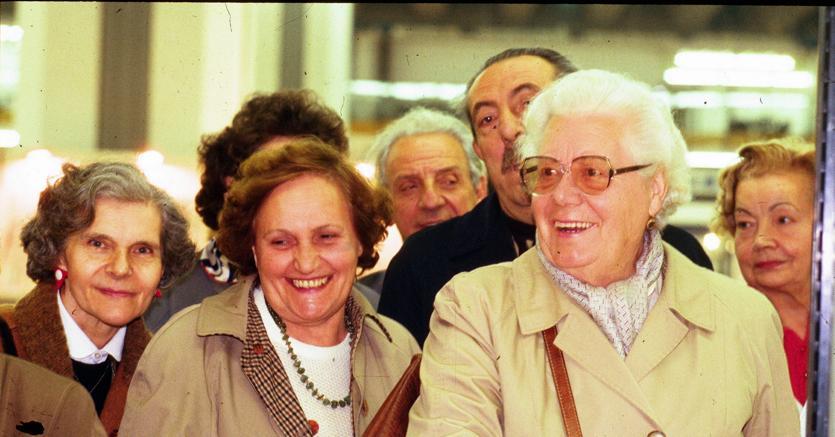 Istat: redditi nuovi pensionati più bassi. Rischio povertà frenato da assegno pensioni