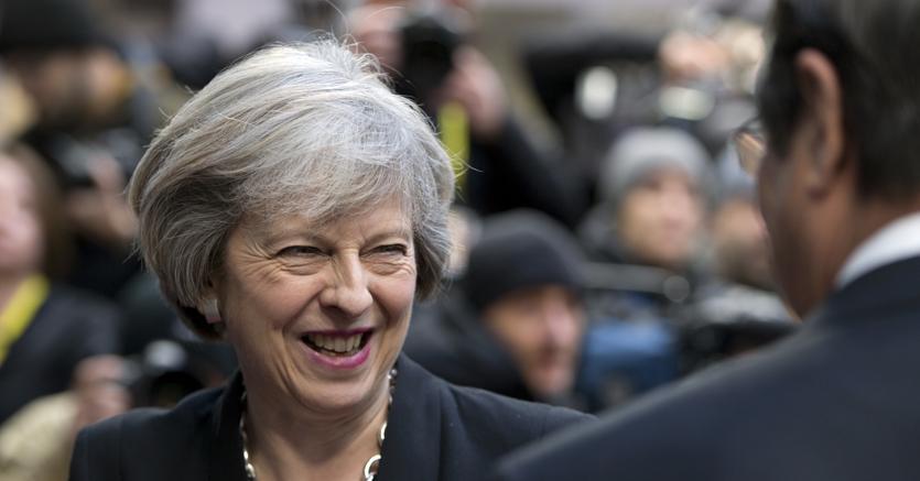 Brexit, 10 anni per un accordo commerciale Ue-Gb? Londra smentisce