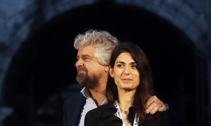 Roma, ancora guai per la Raggi: bocciato il bilancio presentato dal Campidoglio