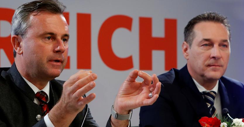 Norbert Hofer (sx) e Heinz-Christian Strache (Reuters)