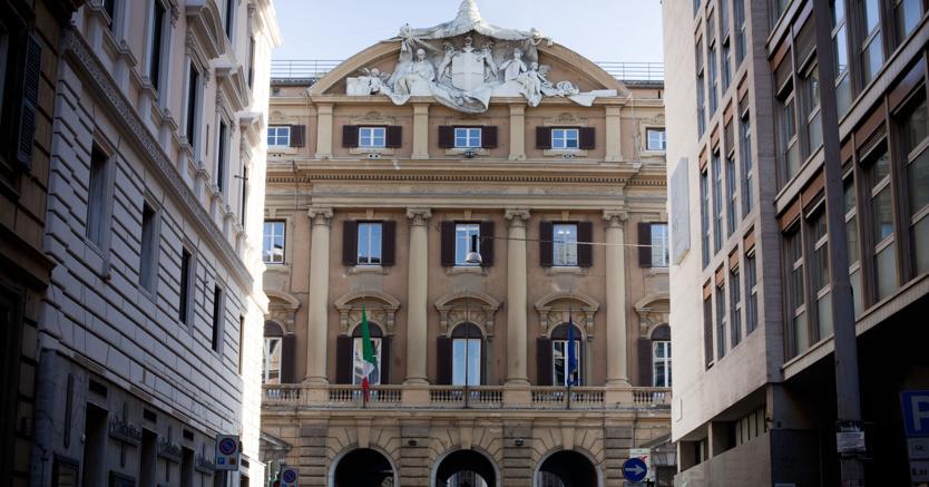 Roma, l'entrata principale della sede del Ministero del Tesoro (Agf)