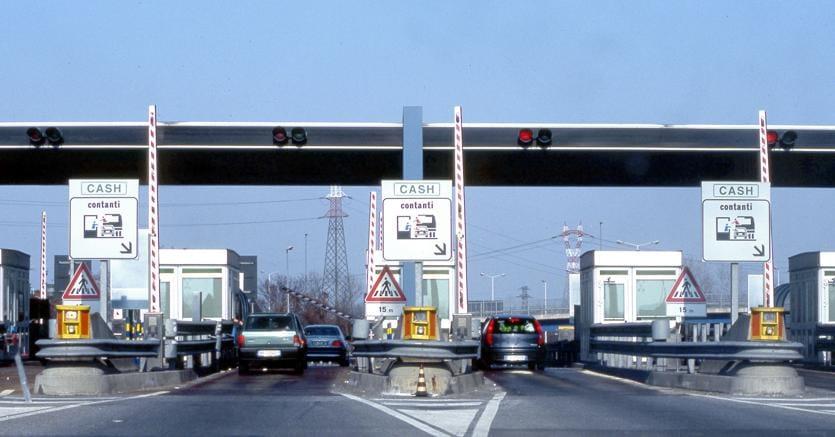Ministero Trasporti, raffica aumenti pedaggi autostradali da Nord al Sud