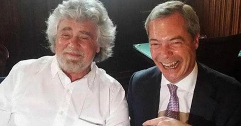 Beppe Grillo e Nigel Farage (Ansa)