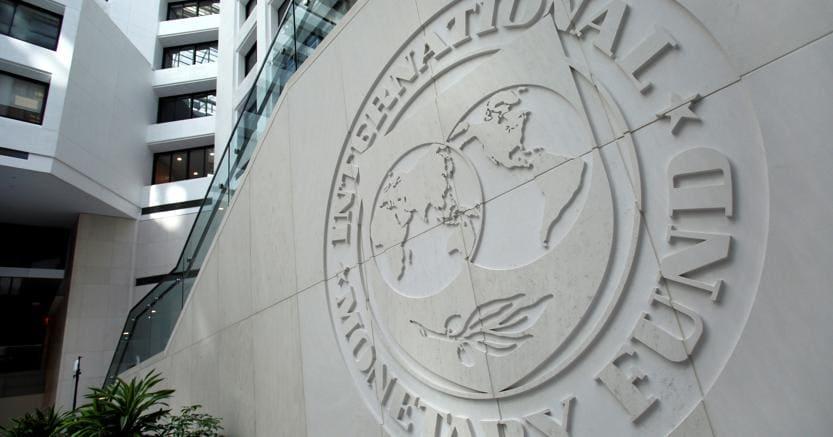 Fmi taglia pil Italia: +0,7% in 2017