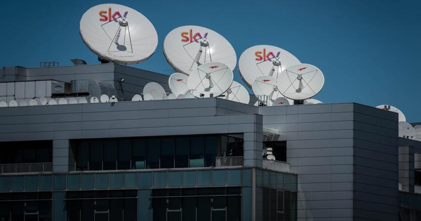 Sky, esuberi anche a Milano Rogoredo. Smantellata sede a Roma