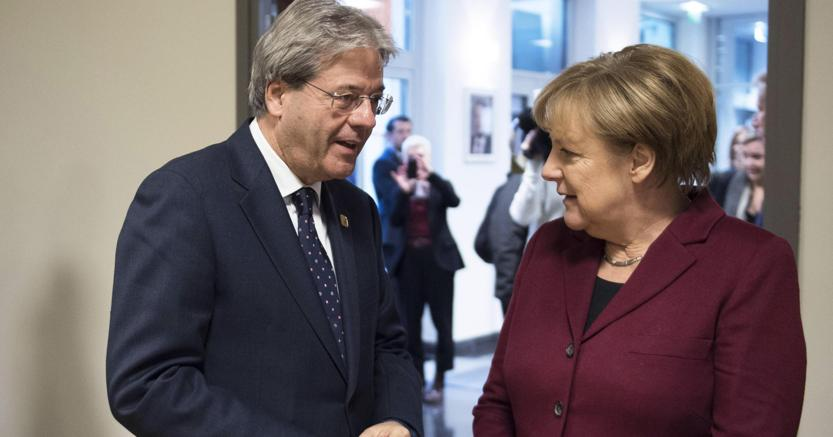Gentiloni da Merkel: austerity finita, no a Ue a due rigidità