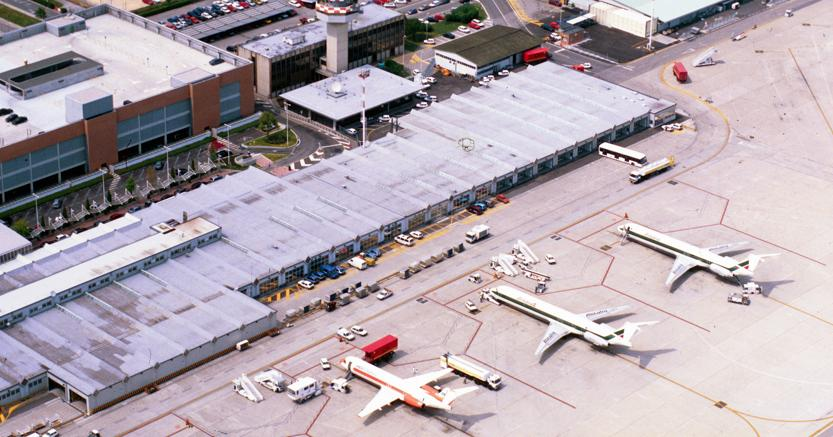 Aeroporti, l'Italia cresce. Genova controcorrente: passeggeri -6,9%