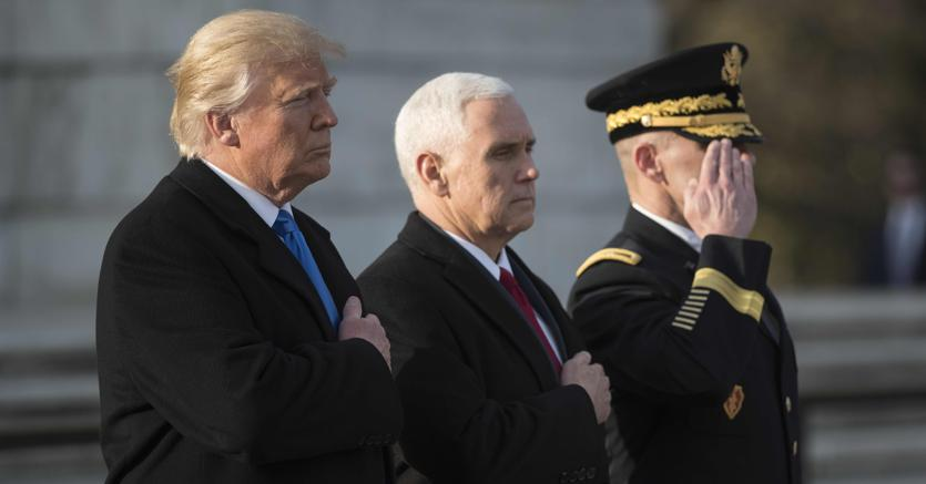 Melania Trump: i look della cerimonia