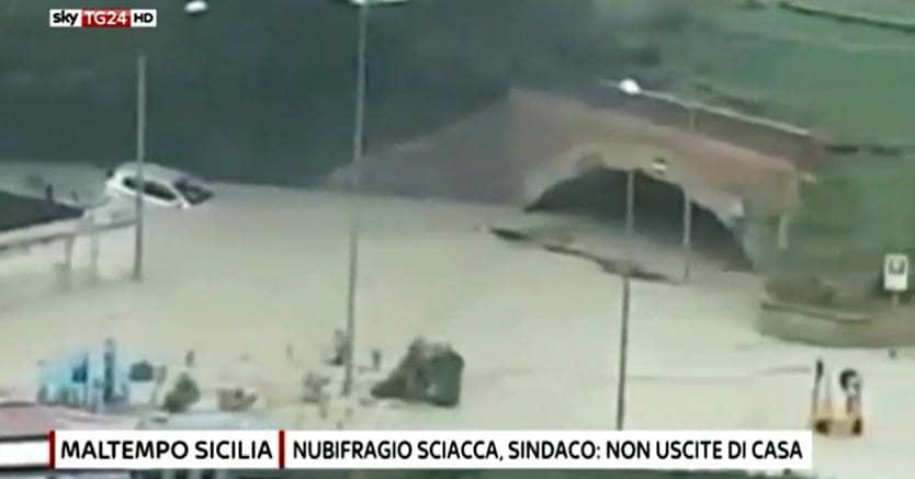 Maltempo in Calabria: colpito il reggino, scuole chiuse