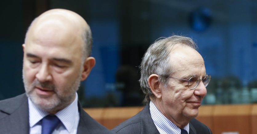 Governo, Padoan sfida l'Ue: risposta alla lettera da Bruxelles