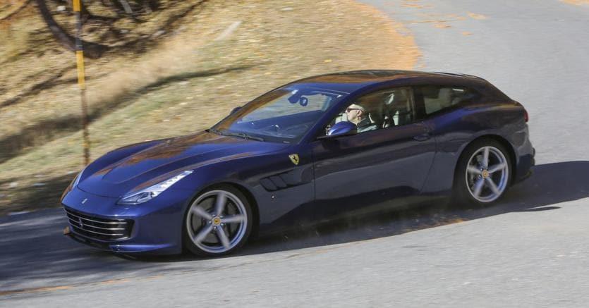 Ferrari, utili in crescita del 38% nel 2016