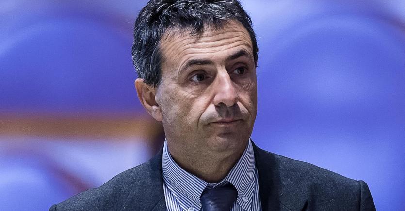 Beppe Grillo assolve e blinda ancora Virginia Raggi