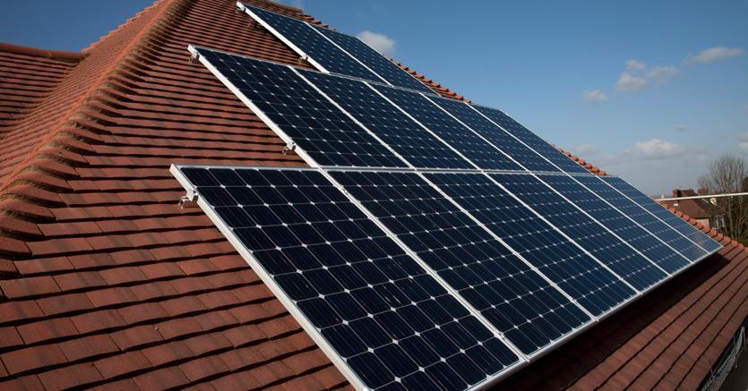 Pannelli solari bruxelles prolunga i dazi per 18 mesi for Pannelli solari immagini
