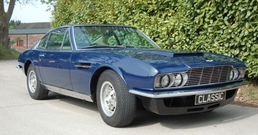 Aston Martin Dbs Chi Puo Scegliere Prenda Il V8 Il Sole 24 Ore