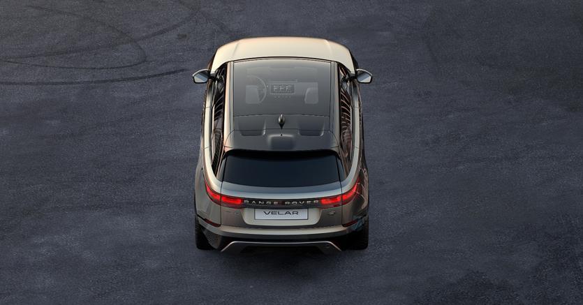 Range Rover Velar: la prima fotografia