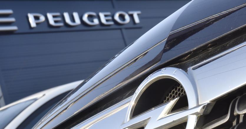 Peugeot compra Opel: nasce così il secondo gruppo auto europeo COMMENTA