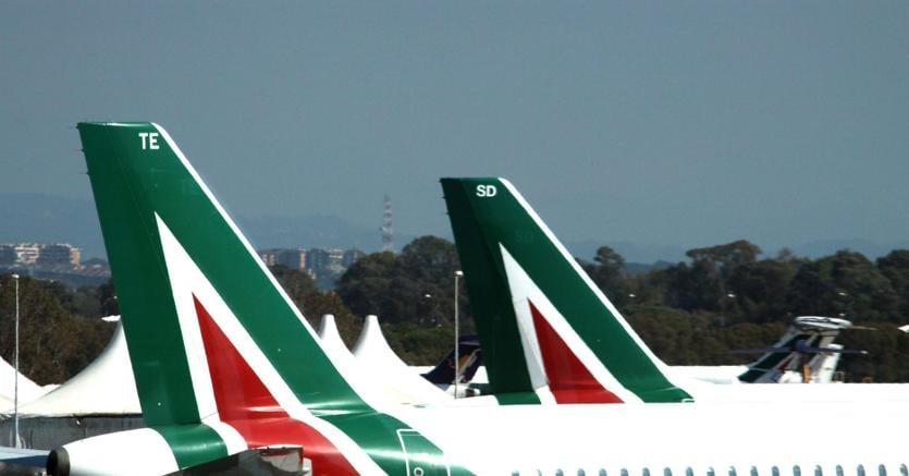 Alitalia, 2000 esuberi Sciopero il 5 aprile