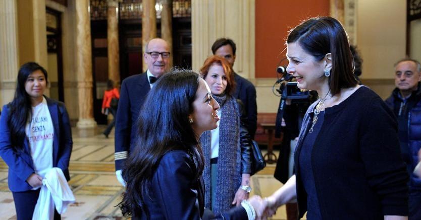 Boldrini incontra Ihlam, che non è potuta entrare a Montecitorio