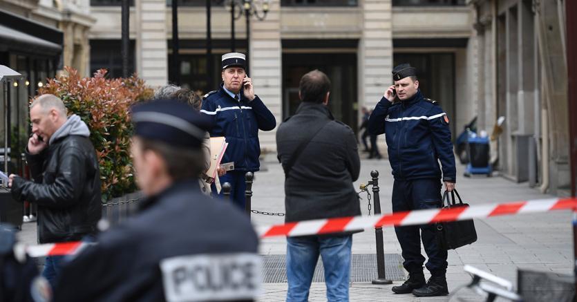 Allerta bomba al tribunale di Parigi, era solo un falso allarme