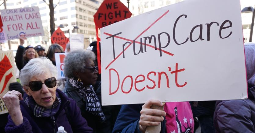 Sanità: ultimatum Trump alla Camera, votate oggi o rimane l'Obamacare